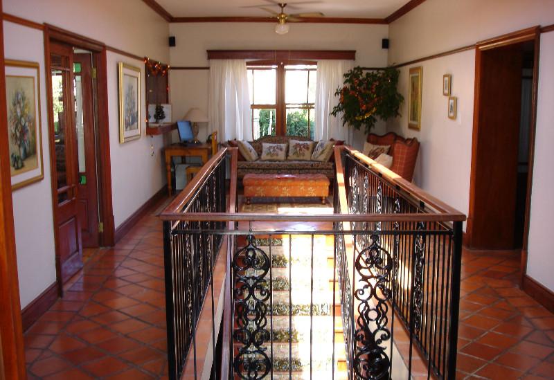 Berg-en-Zee-Guesthouse-Gordons-Bay-Entrance