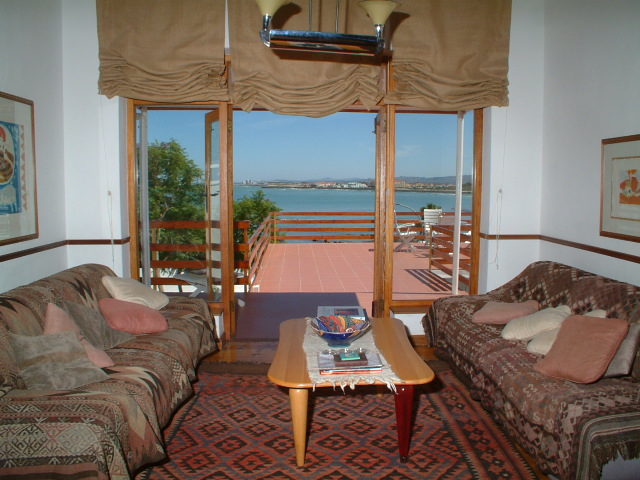 Villa-Sunset-Beach-Self-Catering-Accommodation-0141